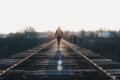 Buat Kamu yang Suka Berlibur Sendirian, 5 Kalimat Nyebelin ini Pasti Sering Banget Kamu Dengar