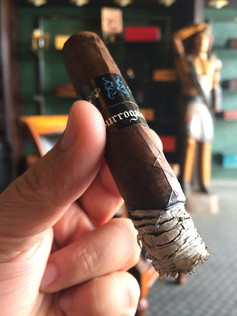 Surrogates Tramp Stamp Robusto cigar 4