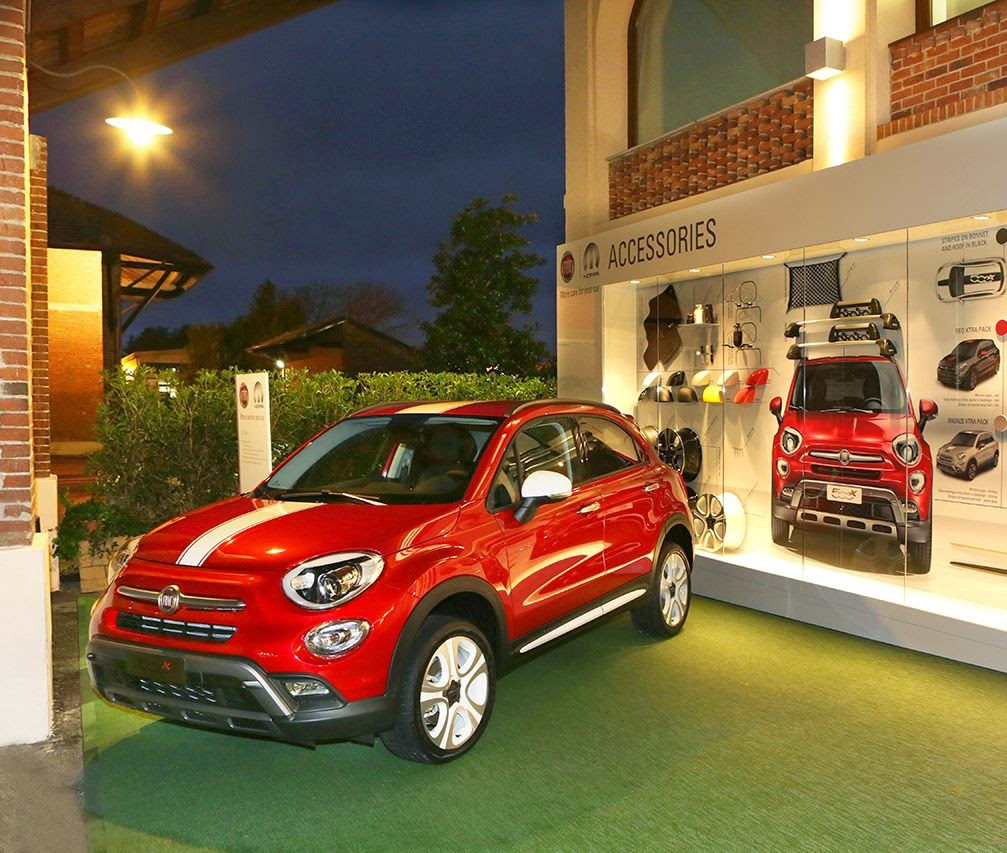 fiat 500x e le personalizzazioni e accessori mopar. Black Bedroom Furniture Sets. Home Design Ideas