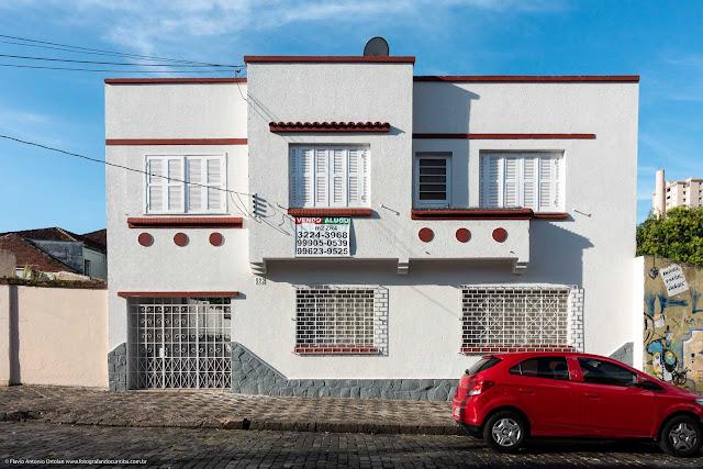 Casa na Rua Paula Gomes.