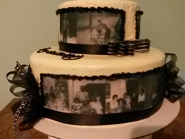 Dads 80th Birthdaycake I Made This 2 Layer Cake With Edible Images Of Dad And Family The Are A Little Spendy But Only Turns 80 Once