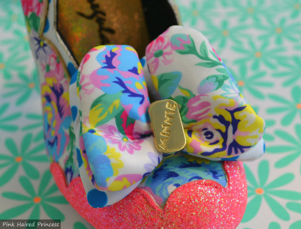 sherbet ice cream bow detail