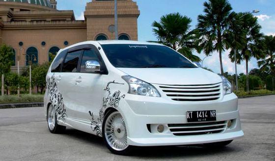 Modifikasi Mobil Bergaya Simpel