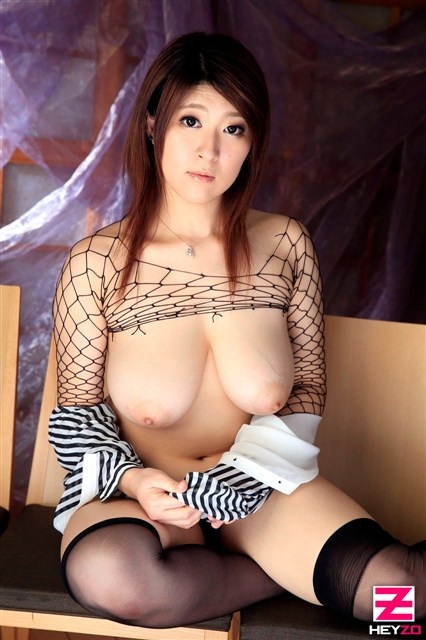 Rina Araki Hot Japanese AV Girls 563