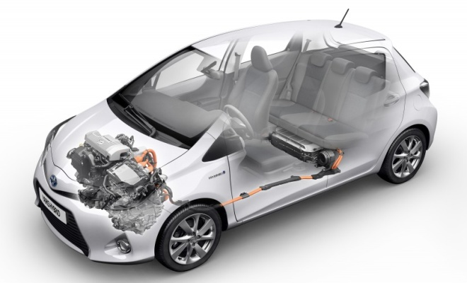 Toyota Yaris Hybrid cutaway showing the hybrid system