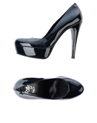Zapatos de noche sencillos
