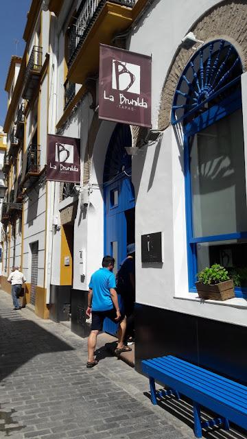 20160902 135101 - La Brunilda - 精緻平價的西班牙 TAPAS,想省荷包又想吃道地的西班牙口味,吃這就對了!