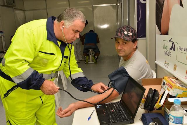 Campanha reforça a importância da saúde dos caminhoneiros para prevenção de acidentes