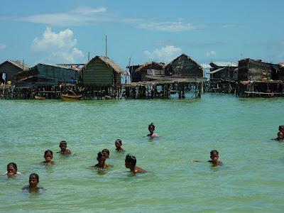 شعب الباجاو غجر البحر الذى لايرى اليابسة