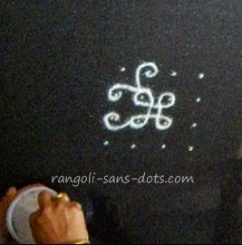 easy-kolam-step-4.jpg