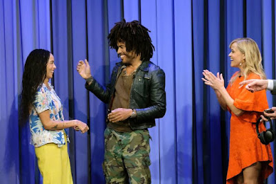Lenny Kravitz Spills All The Tea On His Giant Scarf Meme, Michael Jackson, And Much Much More One Thee 'Tonight Show'!!!