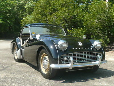 Daily Turismo Big Smile 1959 Triumph Tr3 Roadster