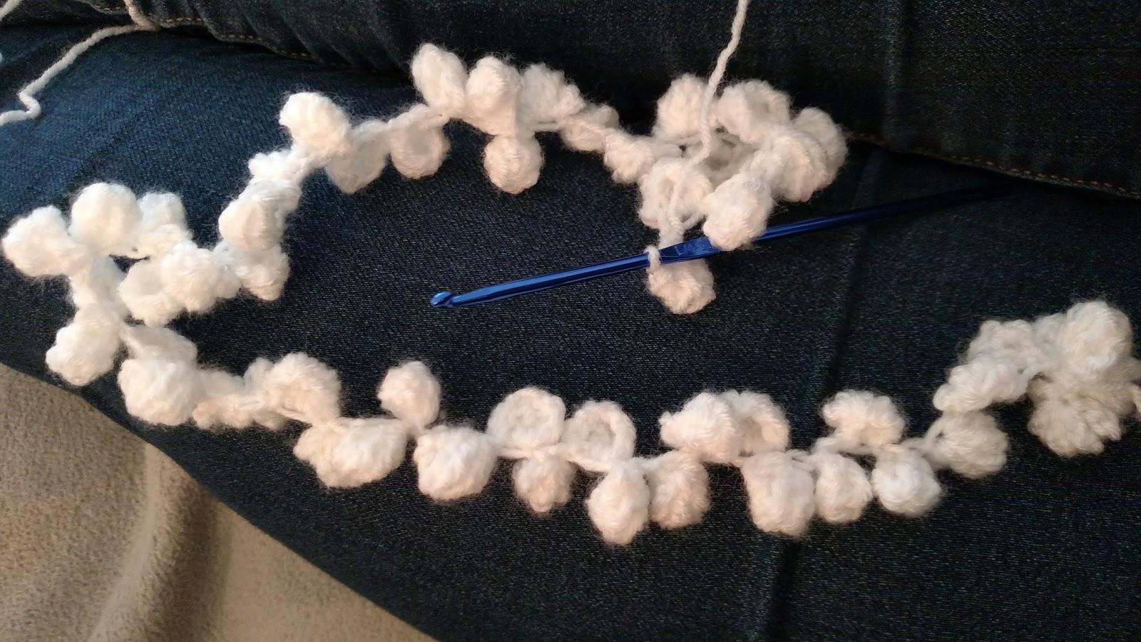 Erin\'s Crafty Endeavors: Crocheted popcorn garland