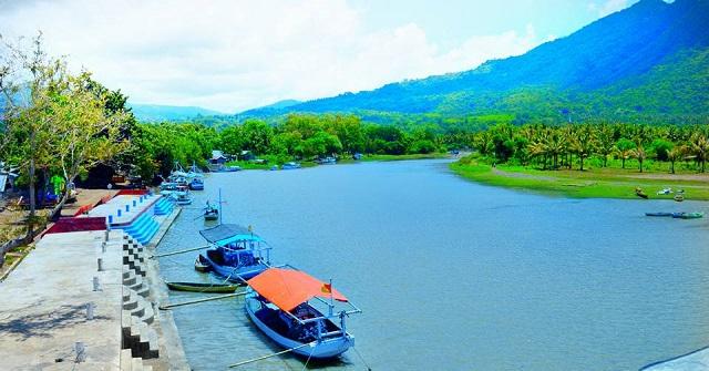Orang Borong Pasti Akrab dengan 3 Tempat Wisata Ini
