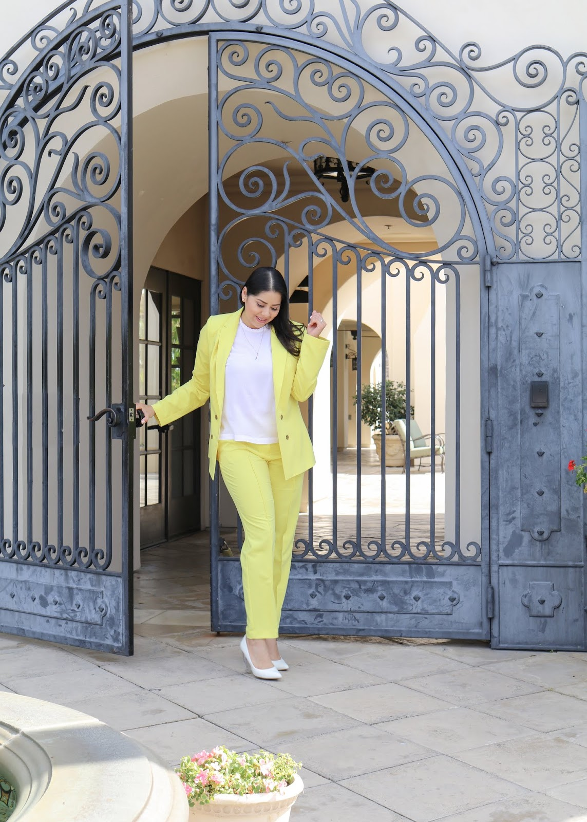 How to rock yellow this Spring Summer 2019, Latina Fashion Blogger