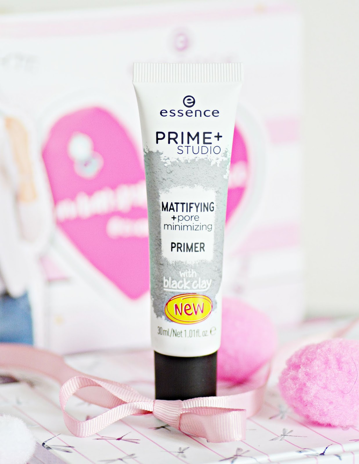 Essence Prime + studio mattyfying + pore minimizing