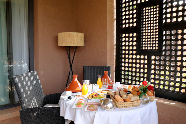 Marrakech, resort Fairmont Royal Palm. Colazione in camera