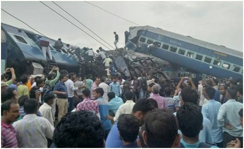 pm-expresses-grief-over-derailment-of-utkal-express-paramnews