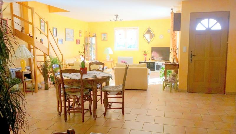 Vendu villa a peipin sisteron sud 04200 grand s jour for Jardin 04200