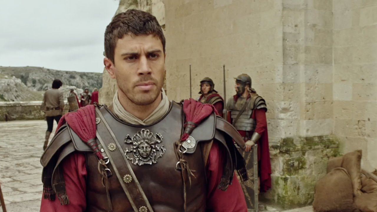 ben hur christian personals Ben-hur had the wheels fall off its chariot as critics widely panned the latest incarnation of the christian tale movie star is said to be dating hot.
