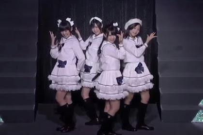 [Random Video] Watarirouka Hashiritai - Shiroi Tulip (AKB48 Request Hour 2010)