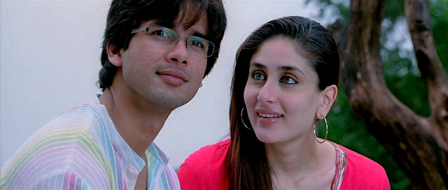 Jab We Met (2007) Full Movie [Hindi-DD5.1] 720p BluRay ESubs Download