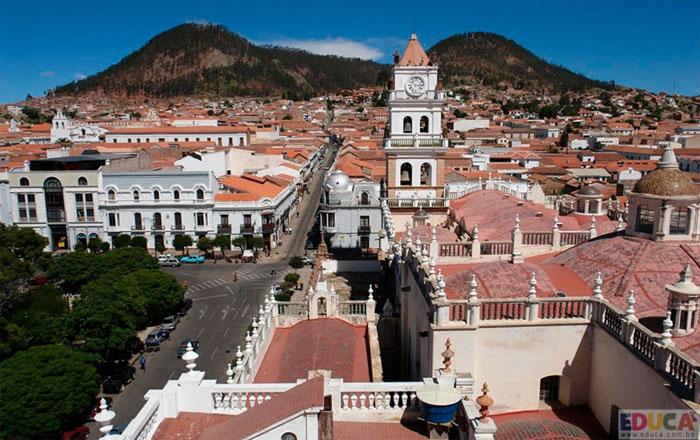Viajes desde Tarija a Sucre en bus