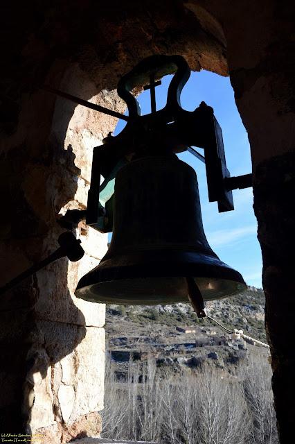 tormon-teruel-iglesia-parroquial-campana