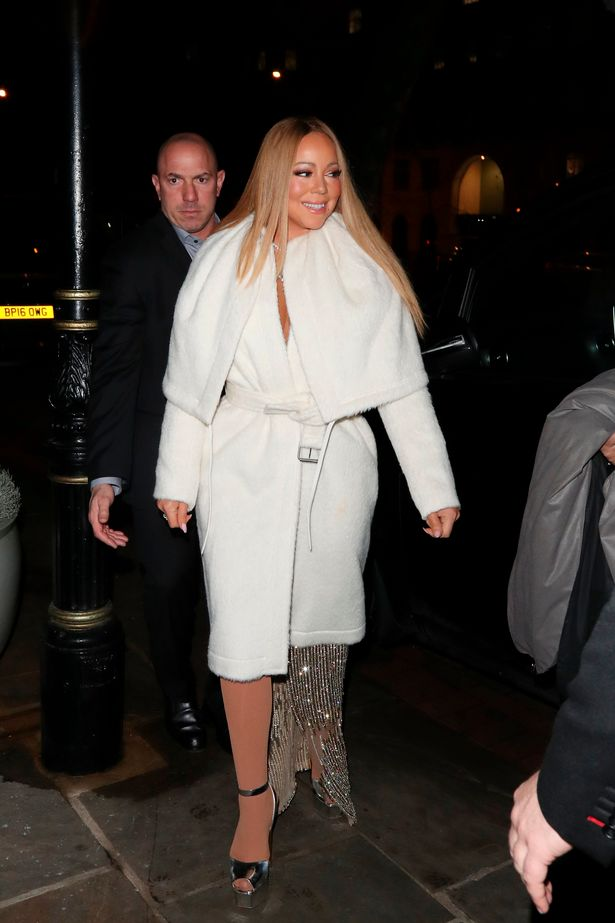 Mariah-Carey-spotted-leaving-her-London-hotel (1)