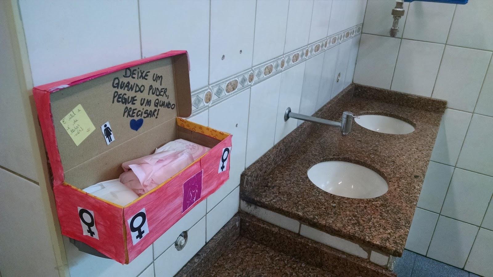 No dia 04 de Maio o Grêmio implantou no banheiro feminino o projeto  #93356A 1600 901