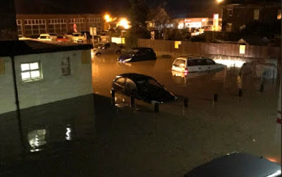 f2 More Than 70 People Are Rescued From Their Homes As Floods Strike Britain News