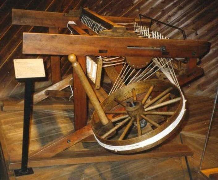 27 18th-Century World-Changing Inventions - The Spinning Jenny increased wool mills productivity
