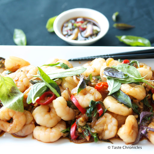 Thai Basil Shrimp / Prawn Stir Fry