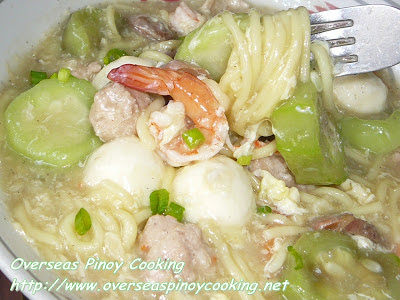 Seafood Lomi with Patola