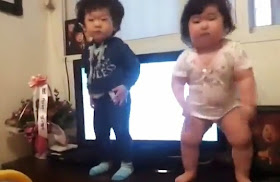 Chubby Korean baby dances the next 'Gangnam Style'