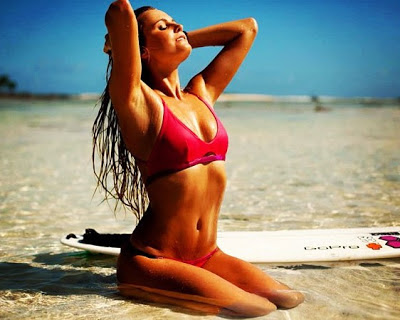 Surfer Alana Blanchard best female surfer photo