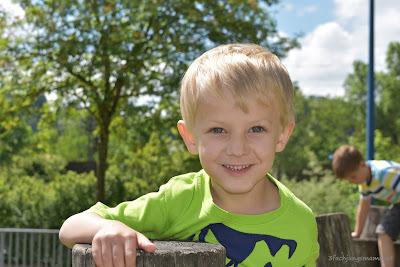 Christopher am Spielplatz