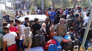 Αναχωρούν από την Λέσβο ΜΟΝΟ 140 αιτούντες άσυλο….. από τους 10.000+- Θα προωθηθούν σε ξενοδοχεία σε διάφορα σημεία της χώρας