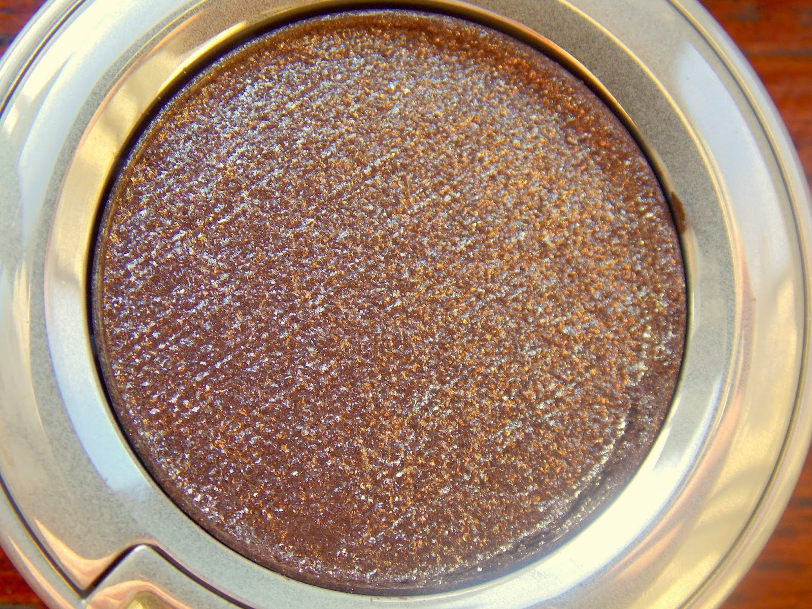 Urban Decay Moondust Eyeshadow in Diamond Dog Review