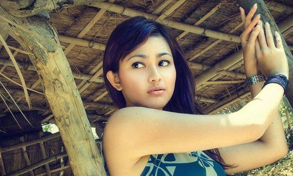 Foto Hot Model IGO Bening