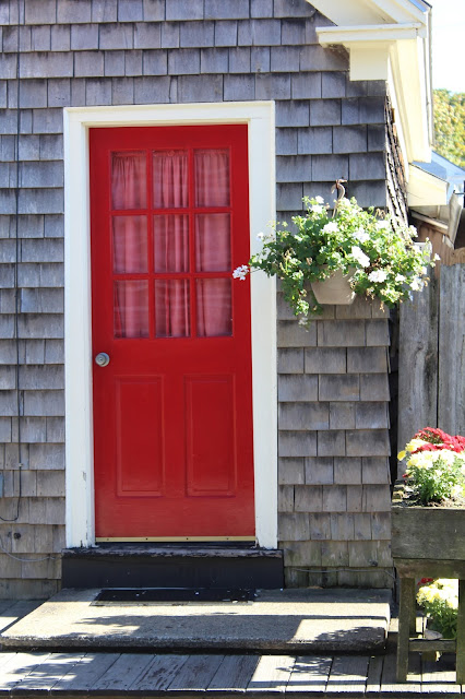 This red door screams Maine