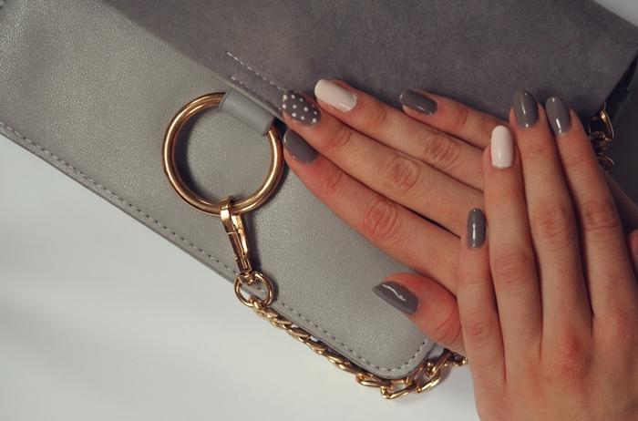 zdobienie paznokci, kropki