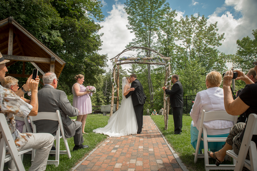 borophotography: Brian and Natalia, Woodstock Inn Station & Brewery