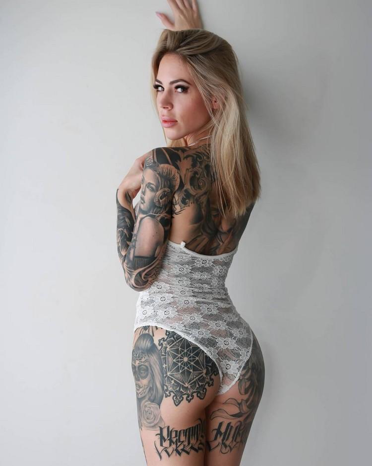Lauren Hebert California girl in ATX