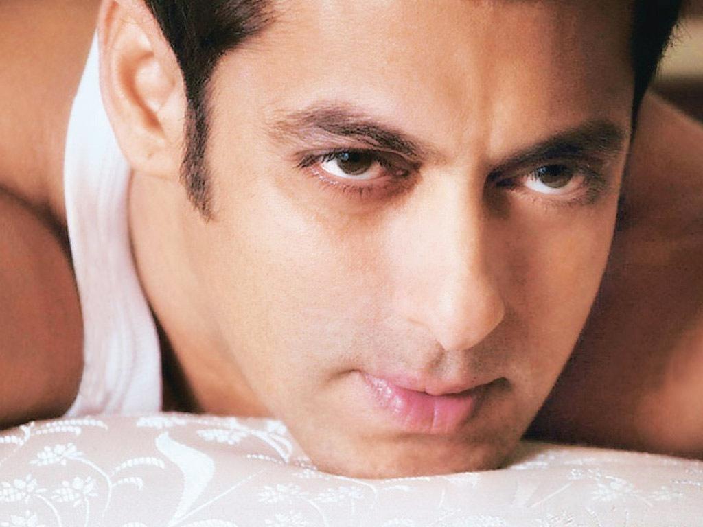 Salman Khan Wallpapers 2013 - Latest Bollywood News