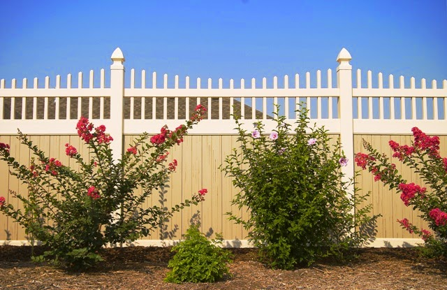 Vinyl fence Dallas