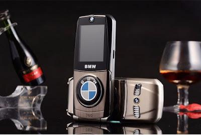 Điện thoại nắp gập BMW 760
