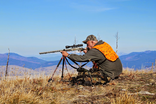 Modern or Traditional Muzzleloader Hunting?