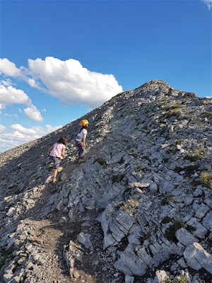 Approaching the summit of Mount Yamnuska