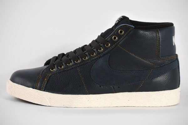 Nike SB Blazer Elite, Classic Charcoal Golden Hops